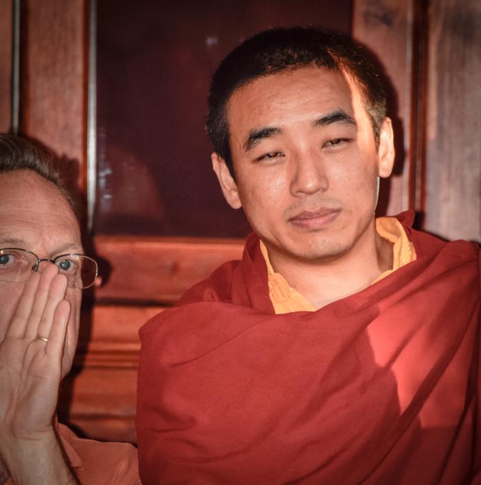 Dongsung Shabdrung Rinpoché  et Jean-Guy, son traducteur pour la soirée