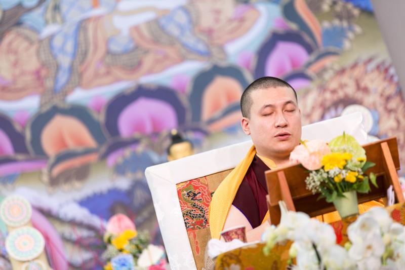 """""""Et qui plus est en présence d'un authentique bodhisattva, une chance exceptionnelle !"""""""